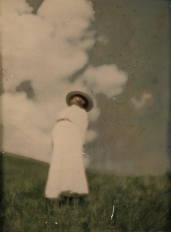 Heinrich Kûhn- -Mary Warner in Landscape-- 1900s.jpg