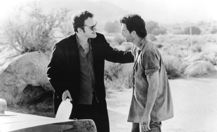Quentin Tarantino and Dylan McDermott on the set of Destiny - Hoher Einsatz in Las Vegas directed by Jack Haran- 1995.jpg