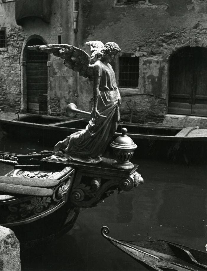 Paolo_Monti_-_Serie_fotografica_(Venezia,_1951)_-_BEIC_6342929.jpg